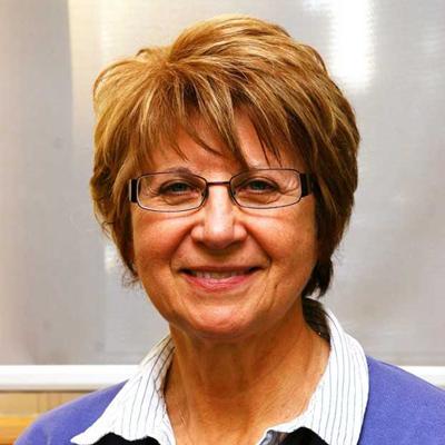 Dr. Nita Mazurat